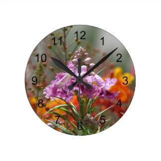 Fleur de saule de désert horloge ronde