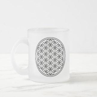 Fleur de tasse en verre givré de la vie