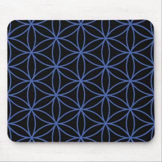 Fleur du grand motif de la vie - bleu sur le noir tapis de souris