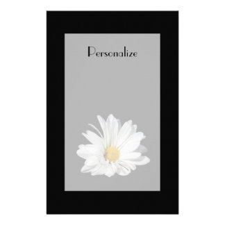 Fleur élégante de marguerite blanche avec le nom papeterie
