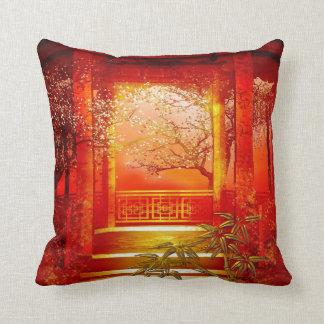 Fleur en bambou rouge d'or asiatique de coussins