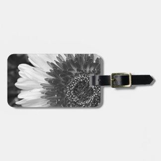Fleur noire et blanche étiquettes bagages