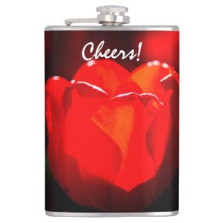 Fleur rouge de tulipe - le feu flasques
