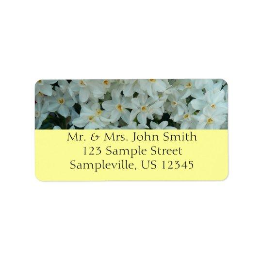 Fleurs blanches sensibles de narcisse de étiquettes d'adresse