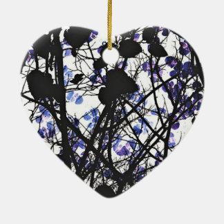 Fleurs bleues sur l'art numérique de concept ornement cœur en céramique