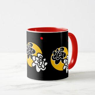 Fleurs contemporaines d'amusement de tasse de café