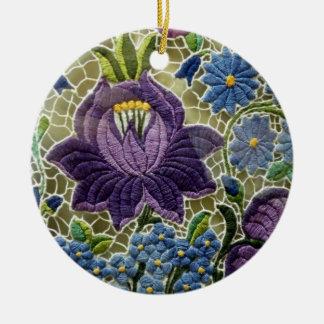 Fleurs de broderie d'art populaire ornement rond en céramique