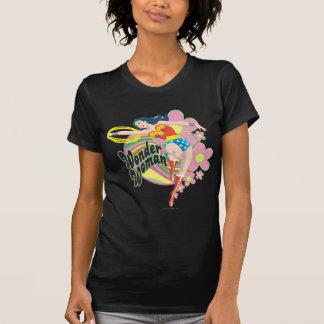 Fleurs de femme de merveille rétros t-shirts