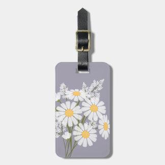 Fleurs de marguerite blanche sur la lavande étiquettes bagages