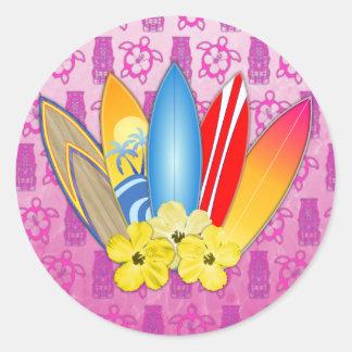 Fleurs de planche de surf et de ketmie sticker rond