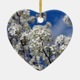 Fleurs de poire de Bradford Ornement Cœur En Céramique