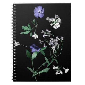 Fleurs de ressort sur le carnet noir (80 pages