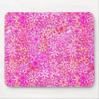 fleurs de rose, de pêche, d'orchidée et de corail tapis de souris