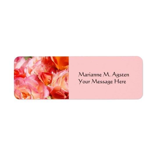 Fleurs de rose de rose d'étiquettes de nom et de étiquette d'adresse retour