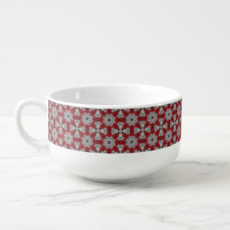 Fleurs et croix grises sur le rouge texturisé mug à soupe