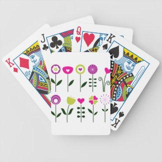 Fleurs folkloriques de luxe sur le blanc jeu de cartes