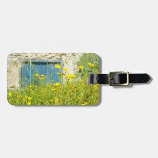 Fleurs jaunes d'aquarelle étiquette pour bagages