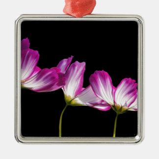 fleurs ornement carré argenté