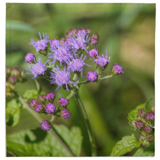 Fleurs sauvages pourpres d'Ageratum Serviettes En Tissus