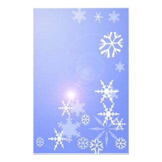 Flocons de neige sur Noël bleu stationnaire Papier À Lettre Personnalisé