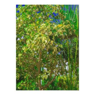 flore en Asie avec les palmiers et le ciel bleu Carton D'invitation 13,97 Cm X 19,05 Cm