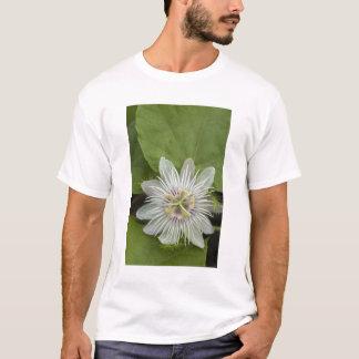 Foetida de passiflore de fleur de passion de t-shirt