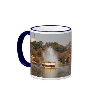 Fontaine de lac zoo tasse à café