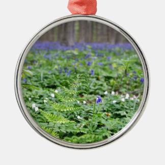 Forêt bleue de cloche ornement rond argenté