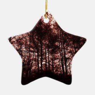 Forêt cramoisie surréaliste ornement étoile en céramique