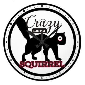 fou comme une silhouette animale drôle d'écureuil grande horloge ronde