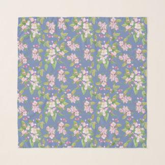 Foulard Apple rose et blanc fleurissent sur le bleu pour