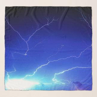 Foulard Filets de foudre à travers le ciel bleu royal