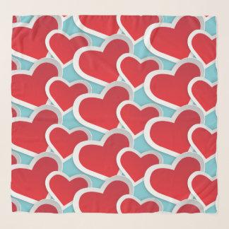 Foulard Gros coeurs rouges répétant le motif mignon