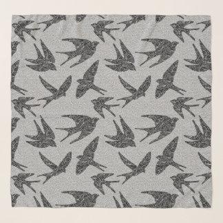 Foulard Hirondelles de Japonais en vol, charbon de bois et