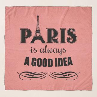 Foulard Paris est toujours une bonne idée