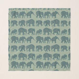 Foulard Rangées d'amusement des éléphants de Paisley sur