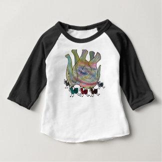 Fourmi contre l'éléphant t-shirt pour bébé