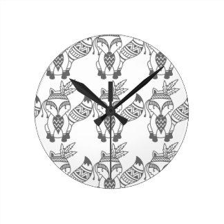 Fox de tribal horloge ronde