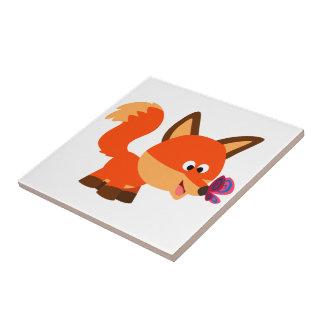Fox mignon de bande dessinée et tuile de papillon petit carreau carré