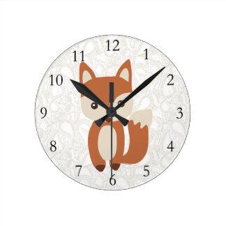 Fox mignon de bébé horloge ronde