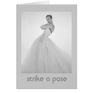 Frappez une carte d anniversaire vintage de pose