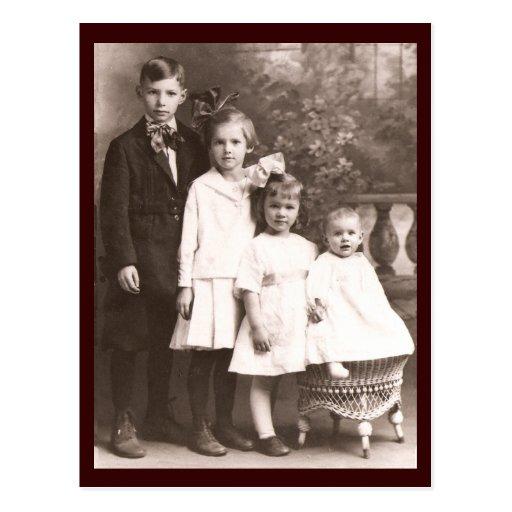 Frère vintage et soeurs cartes postales