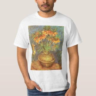 Fritillaires dans un vase de cuivre par Vincent T-shirt