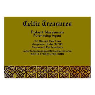 Frontière celtique de noeud sur le jaune feuillu carte de visite grand format