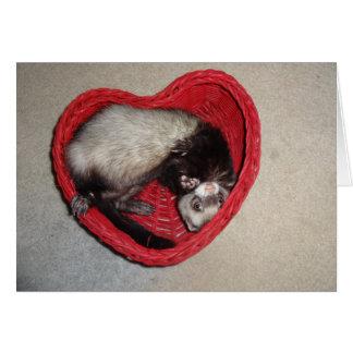 Furet dans la carte de Saint-Valentin de coeur