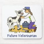Futur vétérinaire - fille avec la vache tapis de souris
