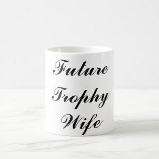 Future tasse d'épouse de trophée