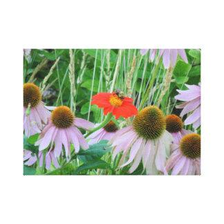 Gaffez l'abeille sur des fleurs toile