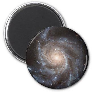 Galaxie en spirale aimant
