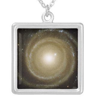 Galaxie en spirale collier